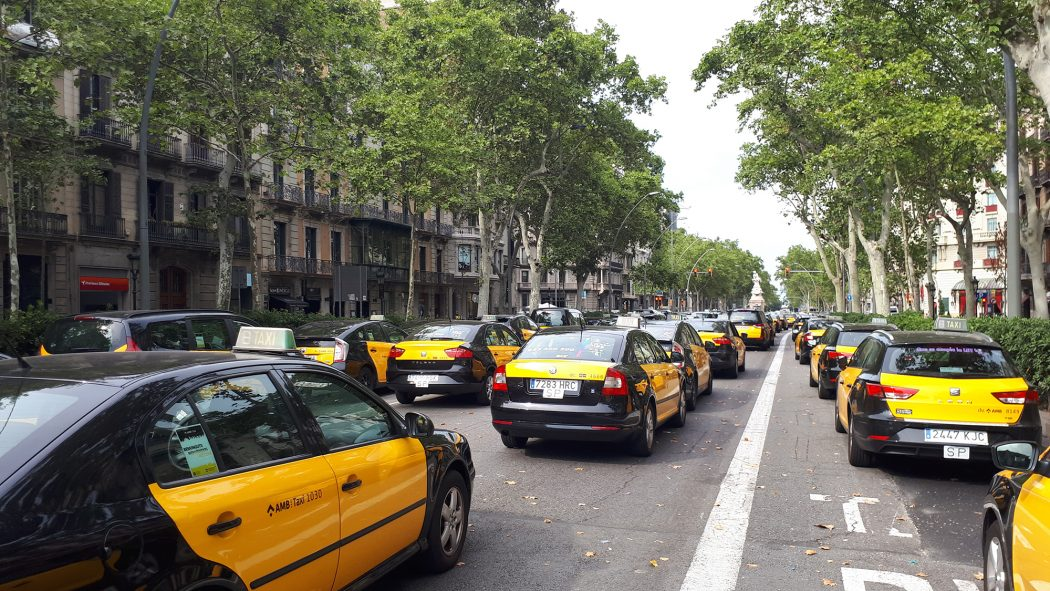 taxi staking barcelona
